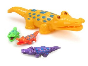 Крокодил заводной 13см в ассорт., арт.47262 фото