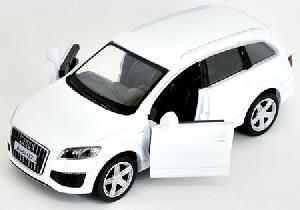 """маш """"AUDI Q7 V12"""" 5"""" арт.49910 фото"""