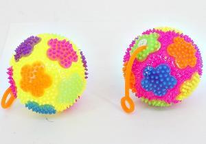 Мяч с цветком (12) с шипами на резинке, арт.46287 фото
